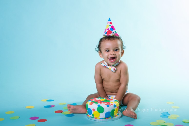 photographe, bébé, anniversaire, studio, smash the cake, aline deguy, paris, neuilly, rueil, suresnes, nanterre, puteaux, boulogne, Issy les moulineaux, asnières, courbevoie
