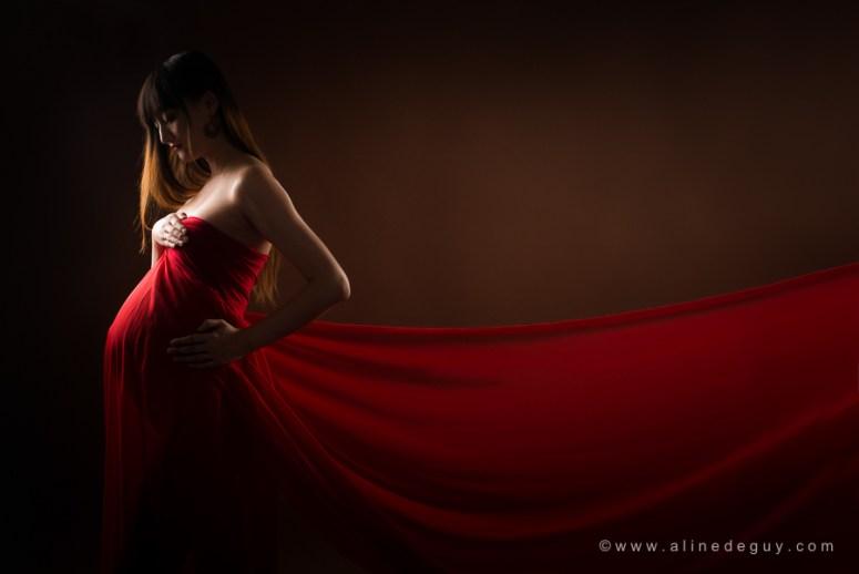photographe-grossesse-femme-enceinte-paris-studio