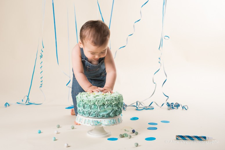 Photographe-smash-the-cake-Nanterre, séance photo bébé Nanterre
