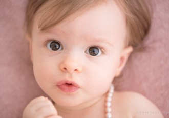 photographe bébé, photographe Aline Deguy, meilleur photographe bébé Paris, photo de bébé, portrait, studio photo paris