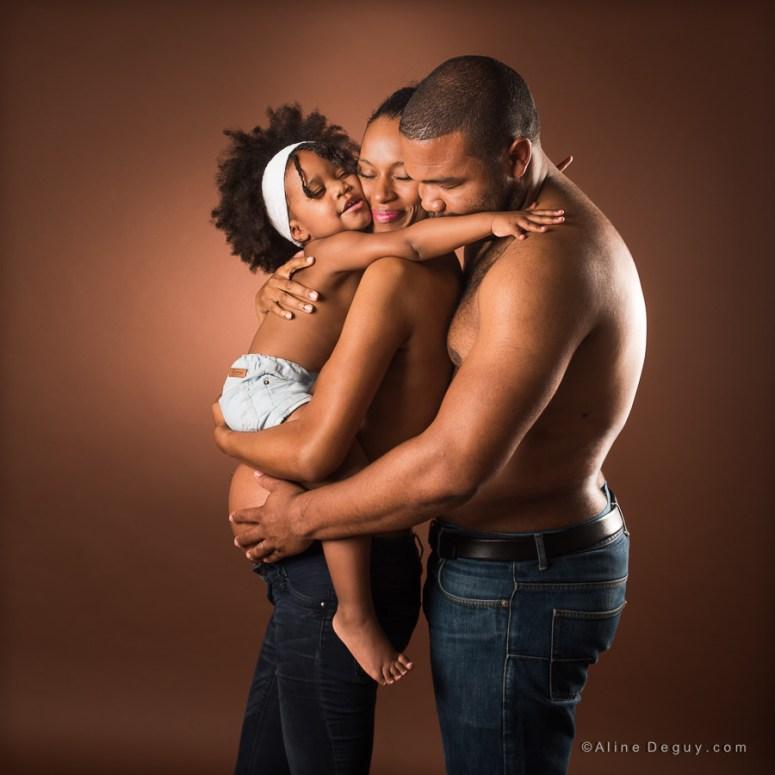 photographe famille studio, séance photo grossesse, shooting famille grossesse