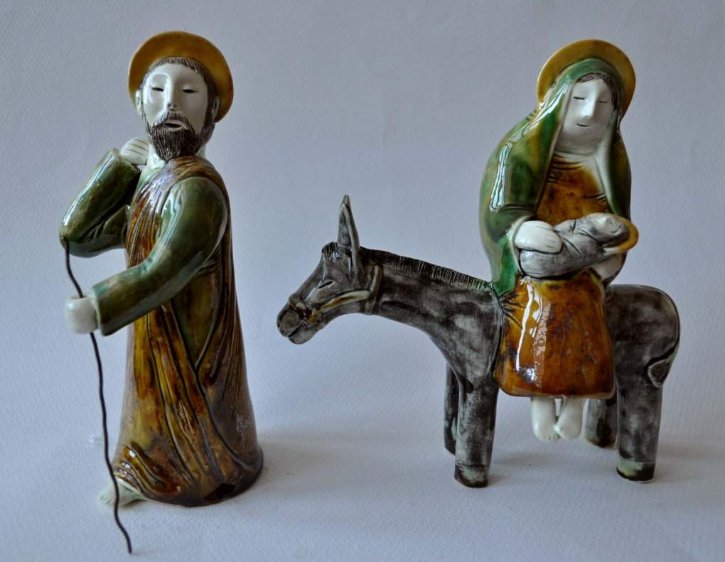 figurative-ceramics - 2.The-Flight-into-Egypt.-faience-glaze.-h17.-2011