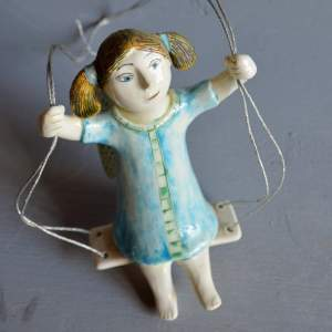 figurative-ceramics - swinging-angel-1