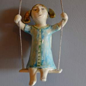 figurative-ceramics - swinging-angel