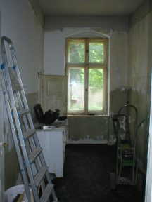 Küche alt mit Fenster