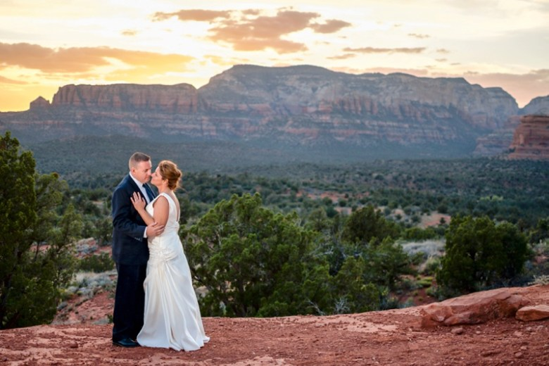 A Beautiful Sedona Arizona Sunset Wedding