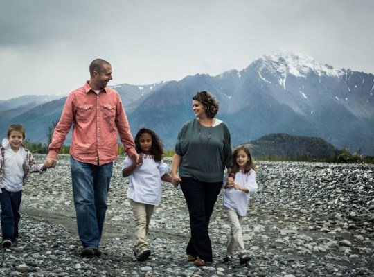 Tina and family of Girl Meets Globe, Expat Story