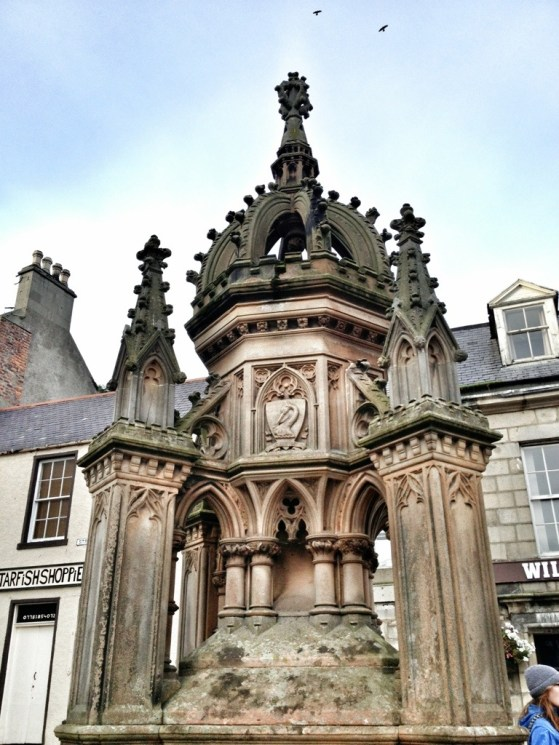 Old Town Fountain, Scottish Coastal Trail, Day Trips From Aberdeen, Chinos To Scotland