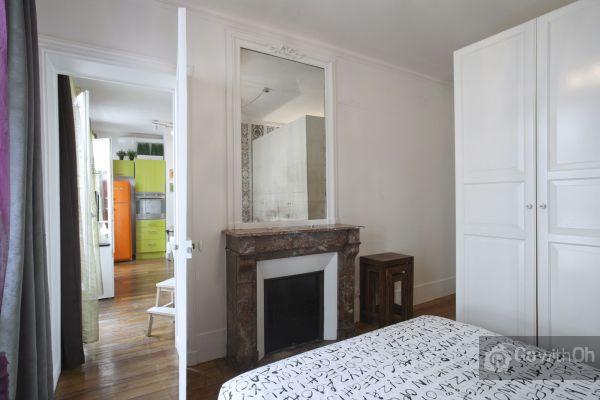 Go With Oh Paris Apartment, Meet Me In Paris