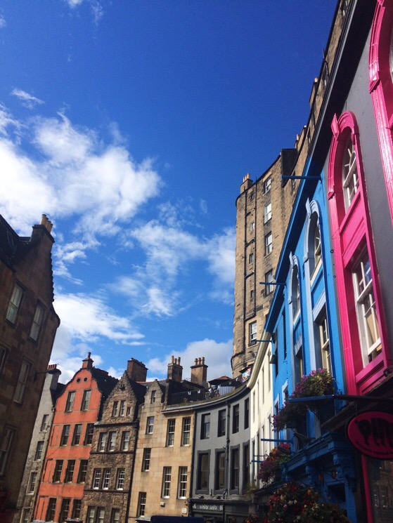 Edinburgh, Victoria Street, 10 Days in the UK