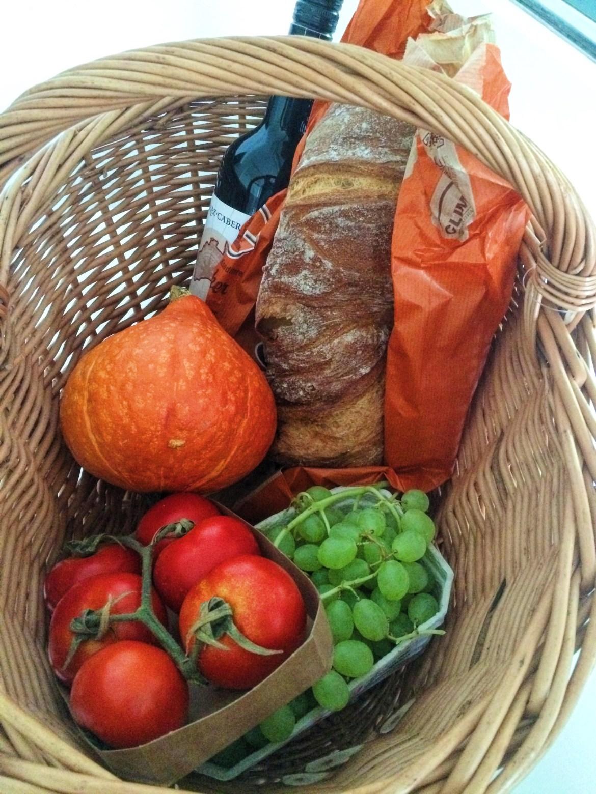 shopping basket, Snapshots of Tubingen, Germany, Deutschland