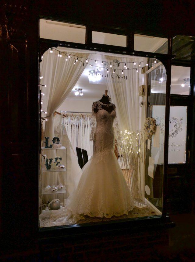Alison Evans Bridalwear for Wedding Dresses