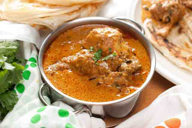 Chicken curry well flavored with spices and coconut milk. An easy and delicious Instant Pot Indian chicken curry recipe that you can quickly make even on a weekday. It goes well with chapati, paratha, any rice variants ( pulao, ghee rice, regular rice), appam (rice pancake) or any other Indian breads.