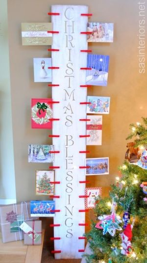 DIY Christmas Card Holder | 10 Last Minute DIY Christmas Decorations | Expressing Life