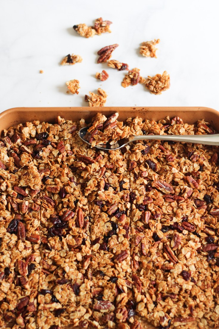 THE PERFECT ANYTIME GRANOLA