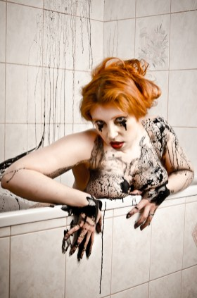black_bath_042