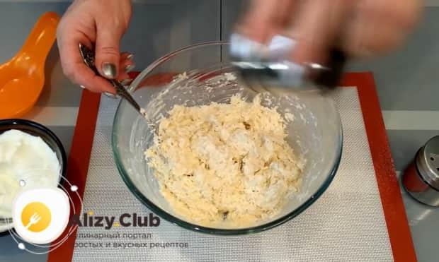 Ірімшік шарларын дайындауға арналған рецепт бойынша. Сатайланд ингредиенттері