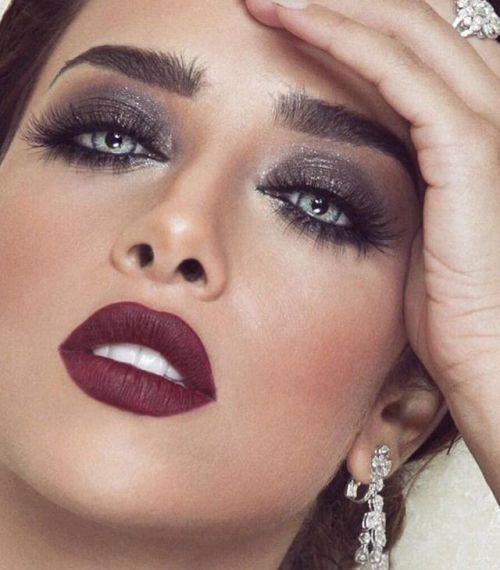 من هي النجمة الخليجية الأجمل بمكياج عيون سموكي مجلة الجميلة