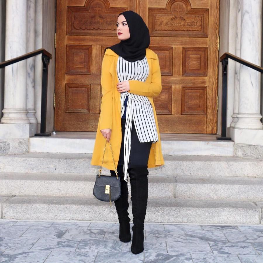 هكذا تنسقين اللون الاصفر في ملابس الحجاب على غرار المدونة