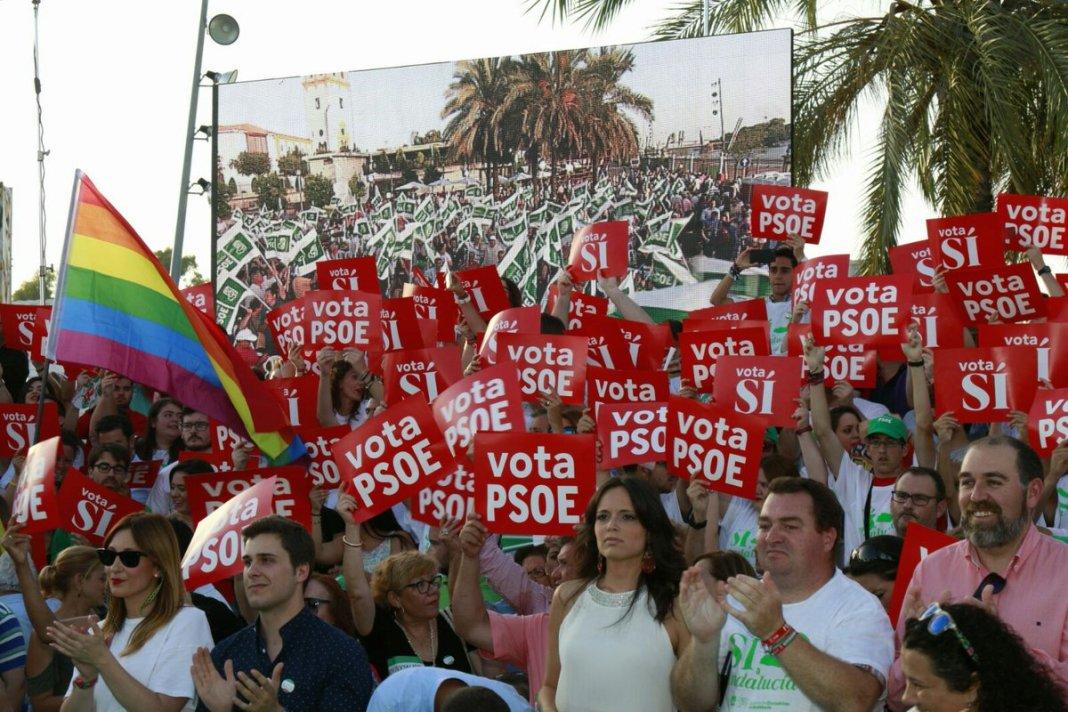 Mitin en el Muelle de la Sal del PSOE de Sevilla las pasadas elecciones.