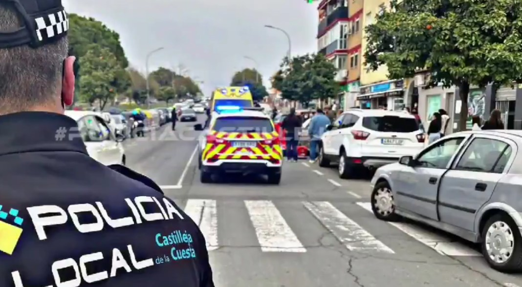 Imagen del atropello facilitada por la Policía Local de Castilleja de la Cuesta.