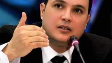 Photo of رئيس الجمهورية يمنح الصحفي الراحل كريم بوسالم وسام بدرجة عشير