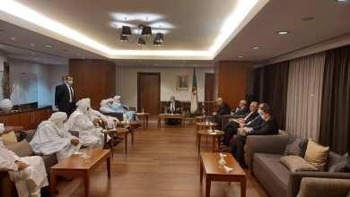 Photo of لعمامرة يستقبل وزير المصالحة الوطنية لمالي و الموقعون على اتفاق السلم