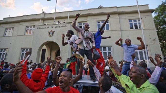 MUGABE OF ZIMBABWE BOW TO PRESSURE | ROBERT MUGABE NOW FORMER PRESIDENT OF ZIMBABWE