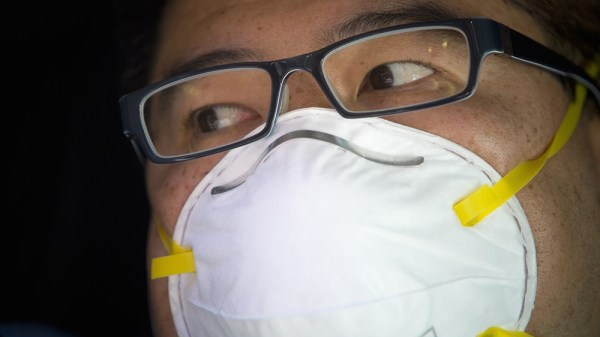 Coronavirus: Surgical masks selling out in New York