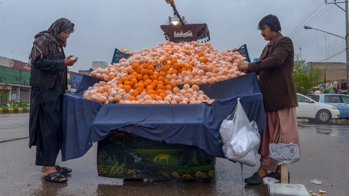 A common objection to the shutdown of Afghan cities is that the government will not be able to recoup the economic losses suffered by daily workers and those reliant on direct cash transactions for th