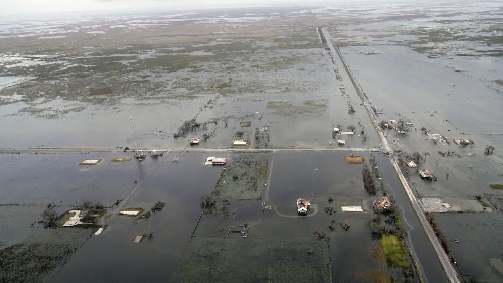 سمندری طوفان لورا کو نقصان