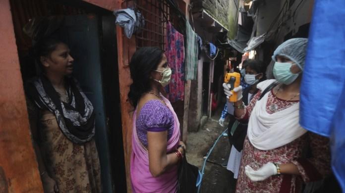 APTOPIX VIRUS OUTBREAK INDIA