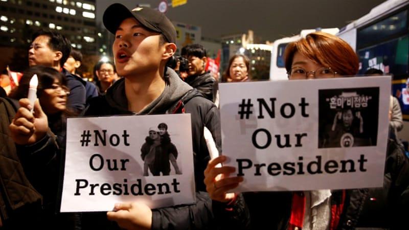 Anrufe Werden immer Läuterbottich für President Park zum Rücktritt Inmitten der Korruptionsskandal [Reuters]