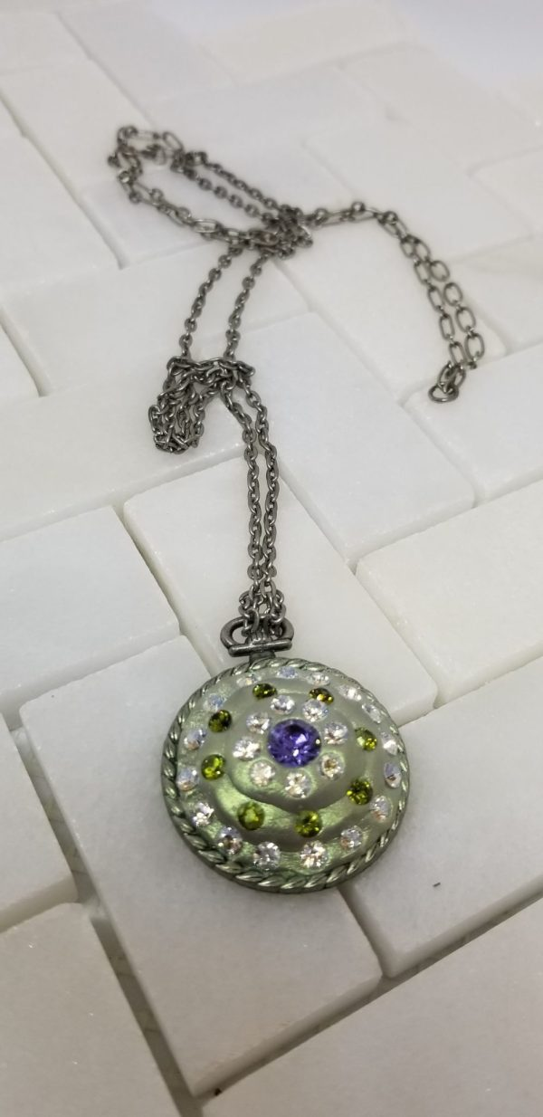 swarowski pendant necklace
