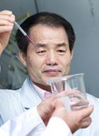 Dr. Kim Young Kwi