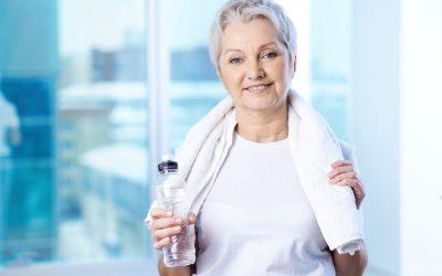 ¿Cómo actúa el agua alcalina en la salud de nuestros huesos?