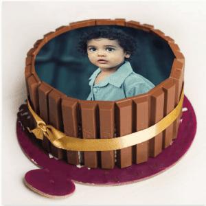 Online Kitkat Photo Cake to Saudi Arbia