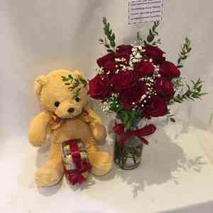 Roses Teddy and Chocolates Online