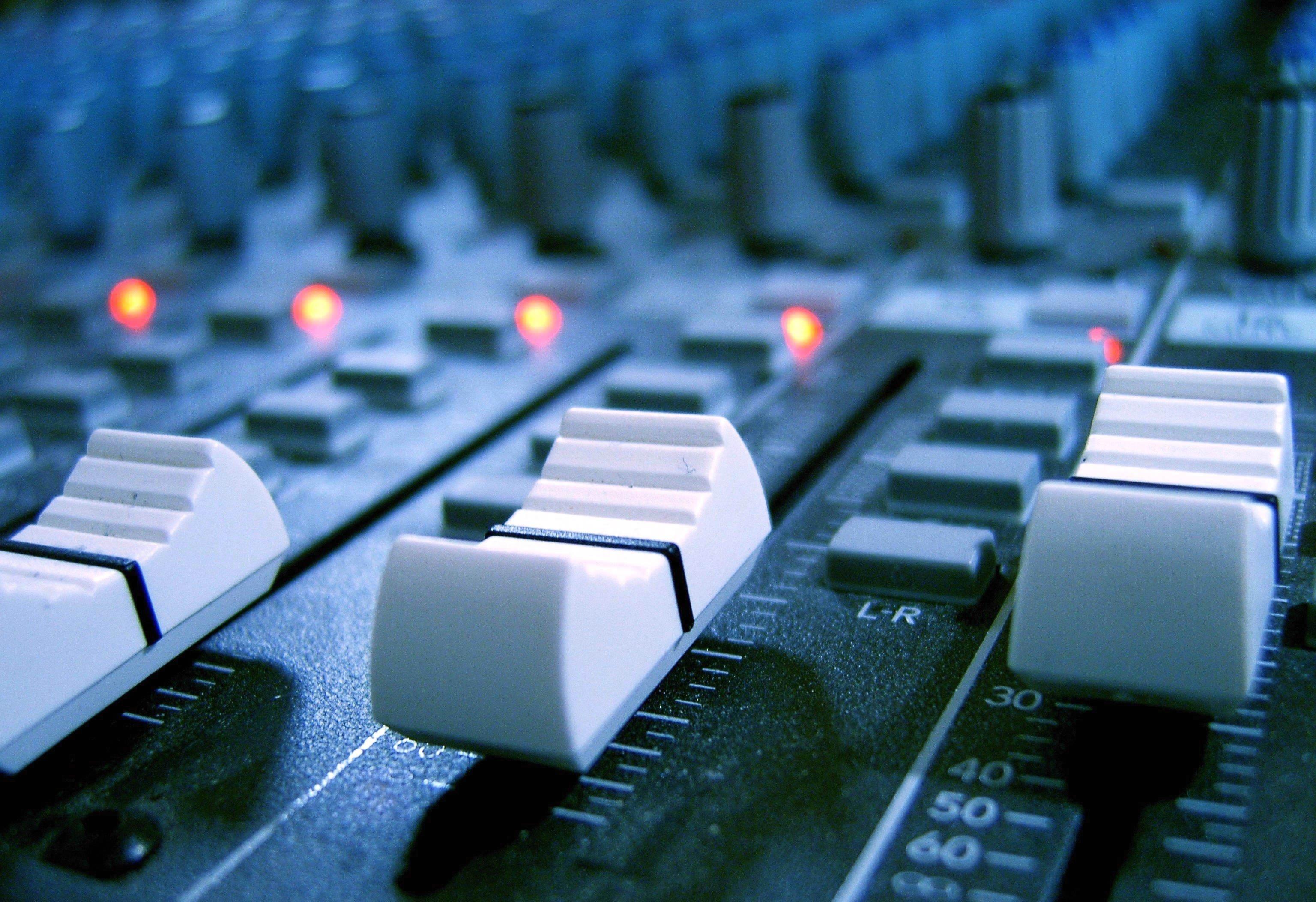 Build An Audio Mixer