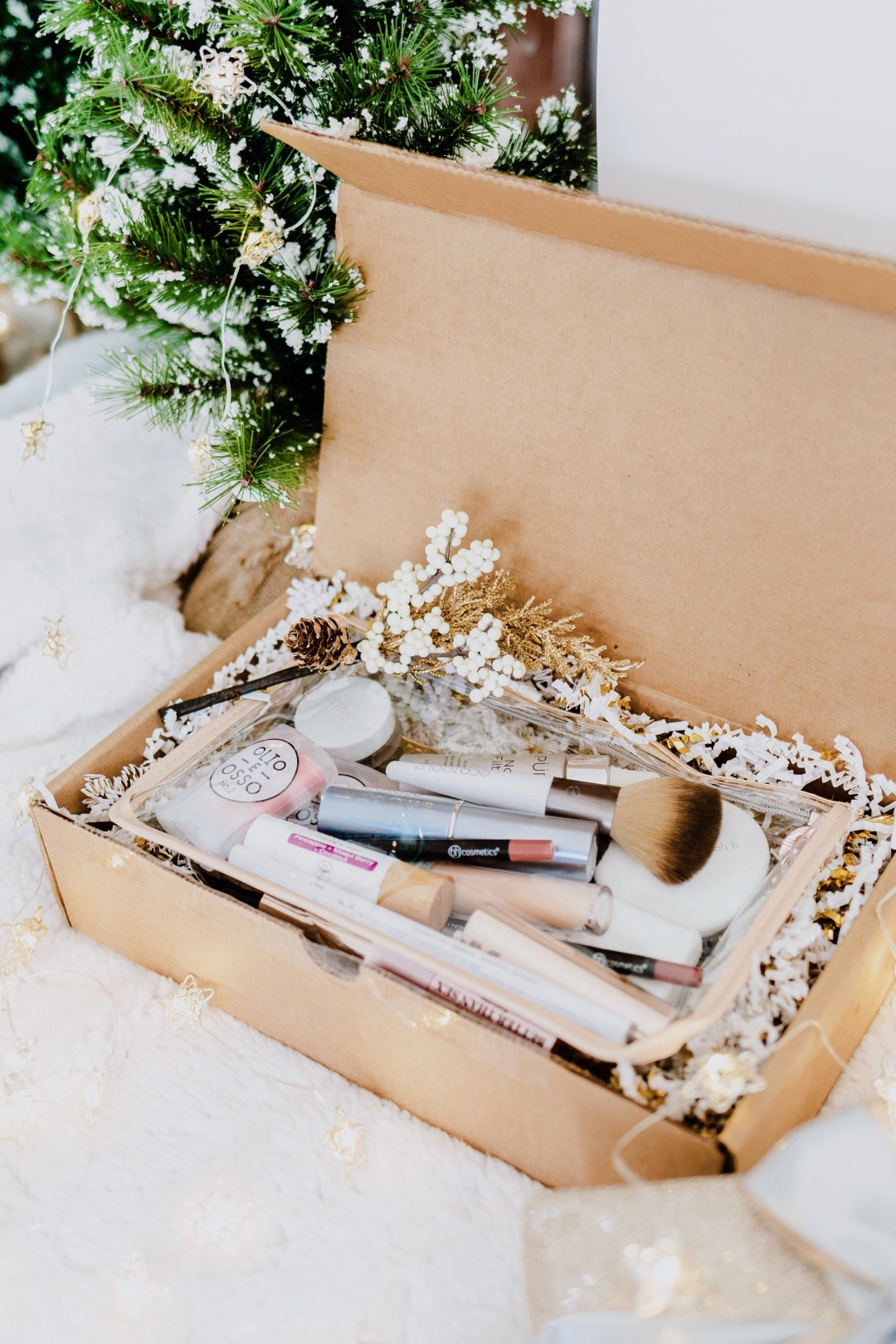 Holiday Gift Guide : DIY Clean Makeup Box