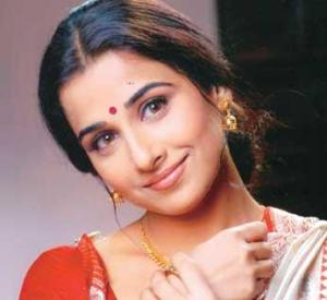 ndian Woman wearing bindi