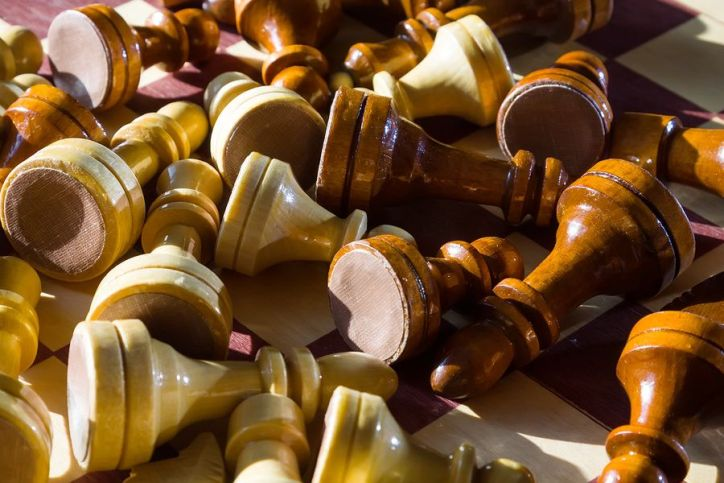 Fallen Chess Pieces