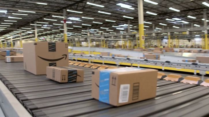 Amazon Fulfillment Conveyor Belt