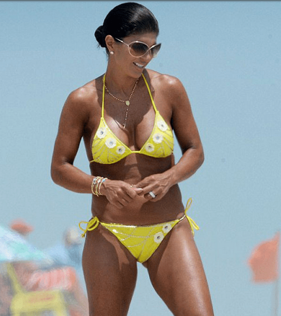 Photos Teresa Giudice Shows Off Her Tan And Very Fit
