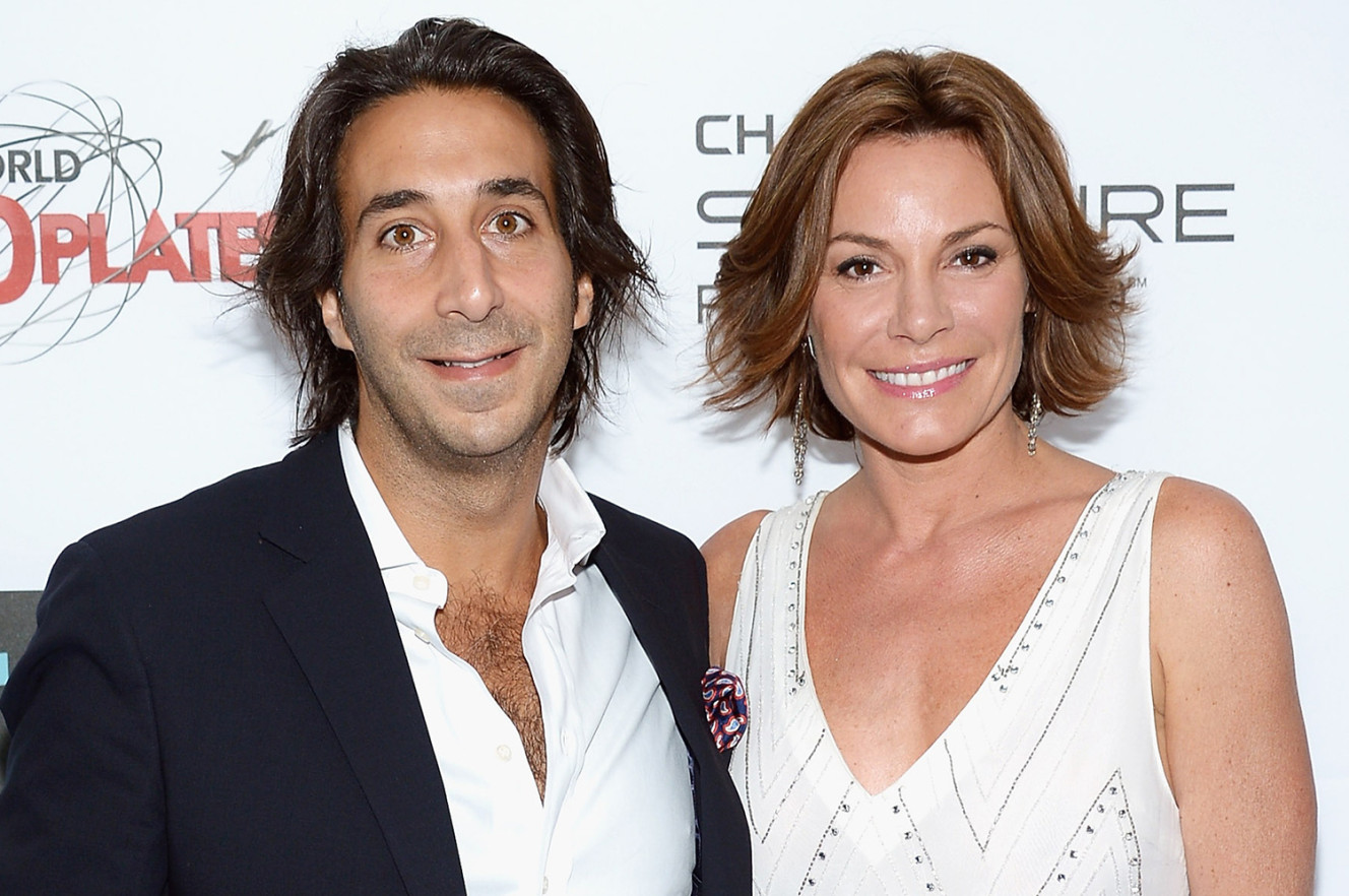 Reuniting? Luann's Daughter Snaps Photo With De Lesseps' Ex On Family Vacation