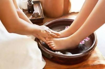 A foot spa