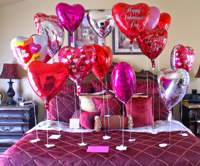 8 VDay ideas for Couples in a Long Distance Relationship
