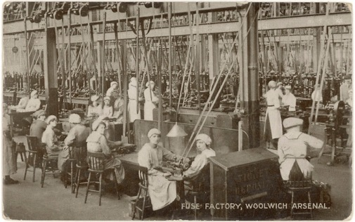 1200px-Workers_in_the_fuse_factory_Woolwich_Arsenal_Flickr_4615367952_d40a18ec24_o-2018-07-18-12-19.jpg