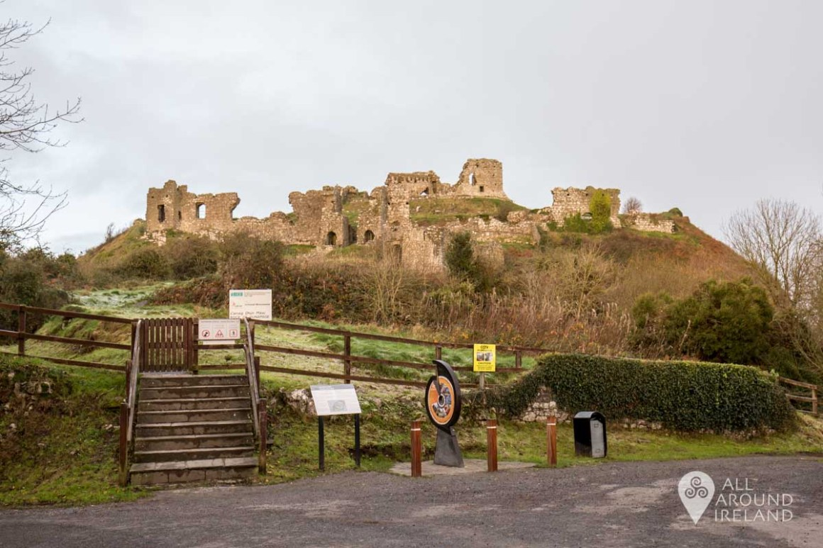 View for the Rock of Dunamase and ruins from the parking area