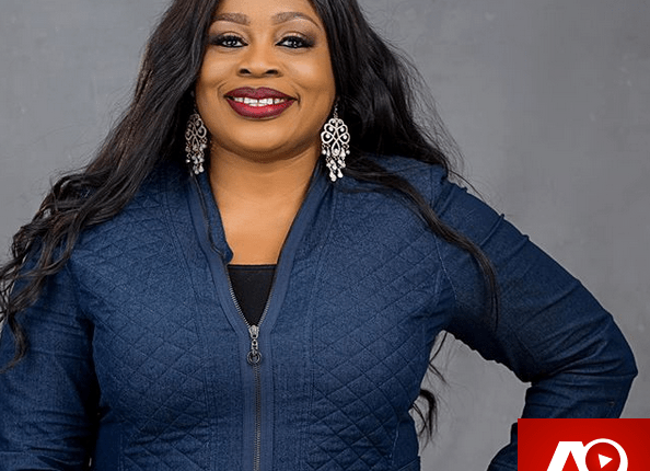 Sinach tops Billboard USA Christian Songwiters Charts for 7 Weeks